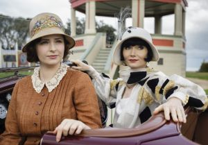 Dot (Ashleigh Cummings) and Miss Fisher (Essie Davis)